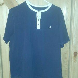 Nautica T shirt style Size Large Mens